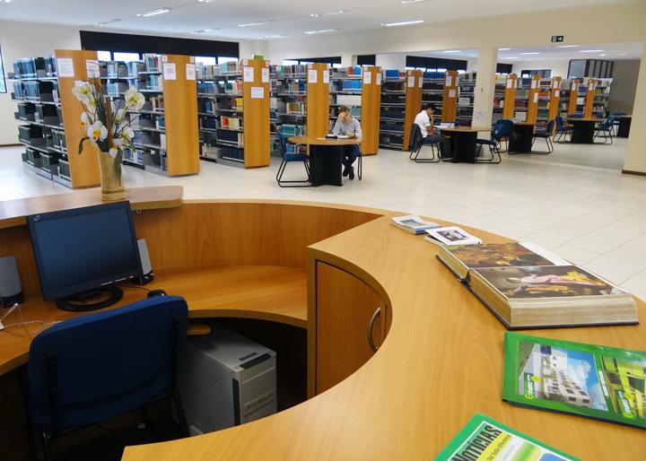 biblioteca-unifacear-2