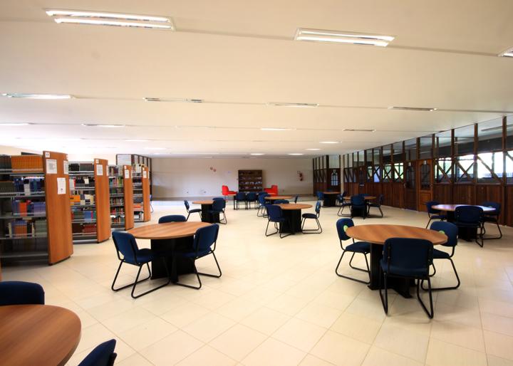 biblioteca-unifacear-3