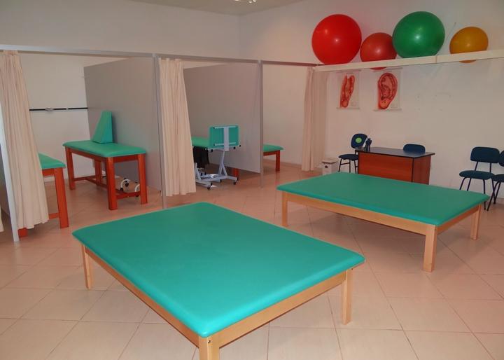 clinica-fisioterapia-unifacear