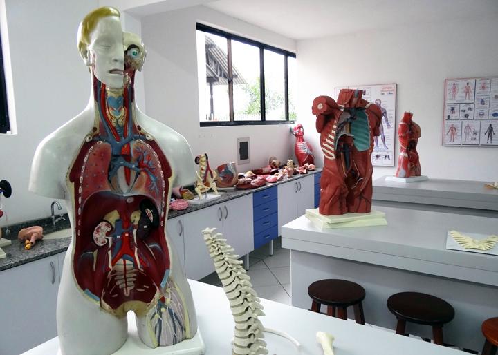 laboratorio-anatomia-unifacear-2