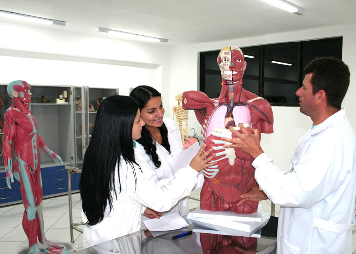 laboratorio-anatomia-unifacear-2019